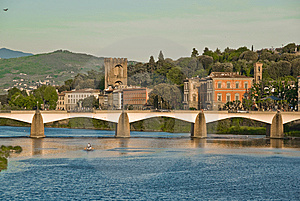 Bridge In Florence Royalty Free Stock Photo - Image: 14389195