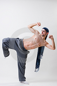 Young Dancer Concentrated Royalty Free Stock Images - Image: 14394379