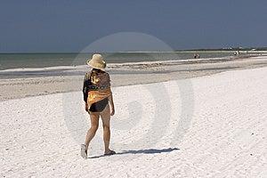 Woman Walking Royalty Free Stock Photo - Image: 1441475