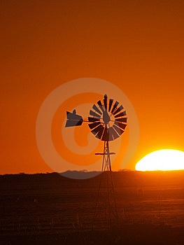 Windmill Sunset 2 Royalty Free Stock Images - Image: 14403429