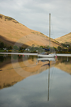Boat On Loch Stock Images - Image: 14445154