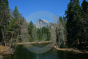 Half Dome With The Merced River Stock Photos - Image: 14454653