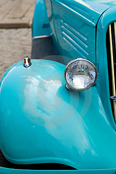 Blue Retro Car Royalty Free Stock Photos - Image: 14460798
