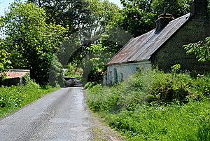 Ruines Of A Traditional Irish Cottage Royalty Free Stock Photos - Image: 14468668