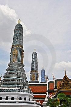 Wat Phra Kaew In Bangkok. Stock Photos - Image: 14522423