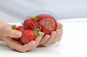 Frutas En Las Manos Imagenes de archivo - Imagen: 14531804