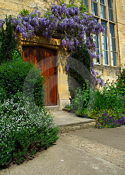 Cotswold Door, Chipping Camden Stock Photo - Image: 14547900