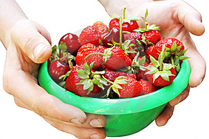 Plate Of Strawberry Stock Photo - Image: 14626570