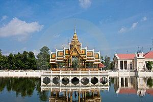 Bang Pa-in Palace Stock Photo - Image: 14643020