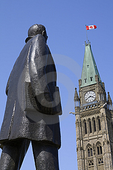 Statue Of John Diefenbaker At Parliament Hill Royalty Free Stock Photo - Image: 14666055