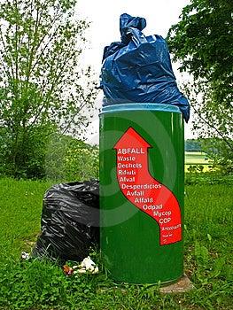 Overcrowded Litter Bin Stock Photos - Image: 14671493