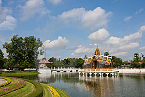 Bang Pa-in Palace Royalty Free Stock Photo - Image: 14684585