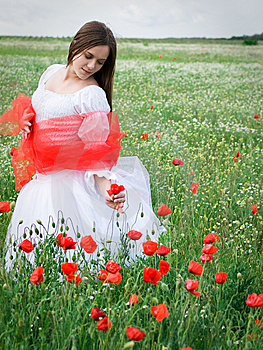 Girl In Field Royalty Free Stock Image - Image: 14684656