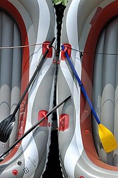 小船对称组成的轻的模式的橡胶 免版税图库摄影 - 图片: 14714967