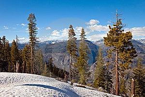 Mountains In Yosemite Royalty Free Stock Image - Image: 14731186