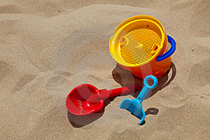 Plastic Toys For Beach Royalty Free Stock Images - Image: 14755219