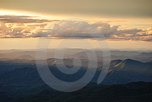 Mountain Range Royalty Free Stock Images - Image: 14807309