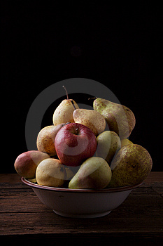 Variety Of Pears And Apples Royalty Free Stock Image - Image: 14816506