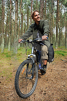 Bicycle Travel Royalty Free Stock Photography - Image: 14835187