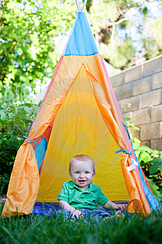 Baby Sitting In A Tepee Stock Photos - Image: 14846943
