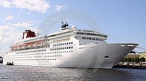 Luxury White Cruise Ship Stock Photo - Image: 14852610