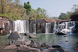 Tat-Ton Waterfall Royalty Free Stock Photography - Image: 14855337