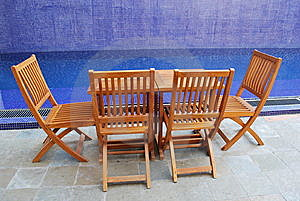 Chairs By The Pool Stock Images - Image: 14881394