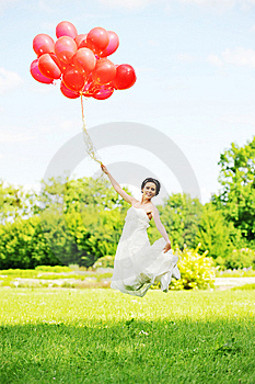 Bride  With Balloons Royalty Free Stock Photos - Image: 14910558