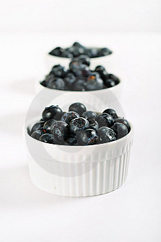 Organic Blueberries In A Line Royalty Free Stock Image - Image: 14935136