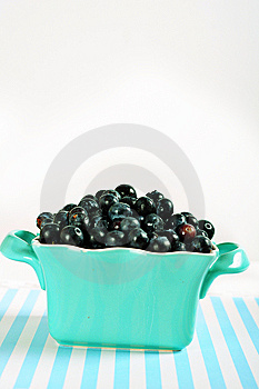 Bowl Of Blueberries On Lines Vertical Stock Photography - Image: 14935192