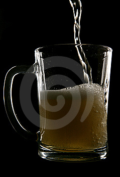 Cider Being Poured Into Pint Glass Royalty Free Stock Images - Image: 14949359
