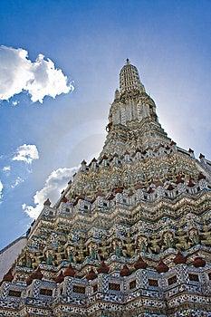 Wat Arun's Stupa Stock Photo - Image: 14956000