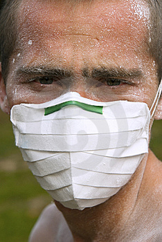 Worker In Protective Mask Royalty Free Stock Image - Image: 14959076