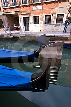 Classic Venetian Scene Royalty Free Stock Photos - Image: 14974798