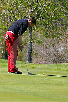 Male Golfer Royalty Free Stock Photos - Image: 14996348