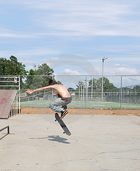 Skateboarder at Park Royalty Free Stock Photos
