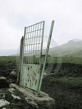 Eine Tür zu nirgendwo Stockfotos