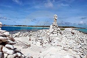 Pila De Piedra En Equilibrio Fotos de archivo - Imagen: 15019623