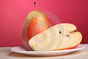 Fresh Pear Royalty Free Stock Photos - Image: 15056908