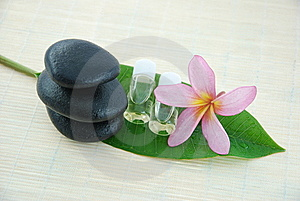 Simple Spa Concept Royalty Free Stock Photography - Image: 15059707