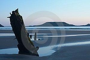 Por Do Sol Sobre O Shipwreck Imagens de Stock Royalty Free - Imagem: 15062069