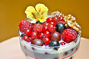 Healthy Berries For Breakfast Stock Image - Image: 15066641