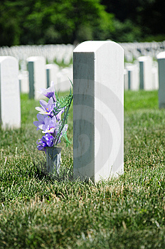 Flowers At Arlington Cemetery Royalty Free Stock Images - Image: 15098049