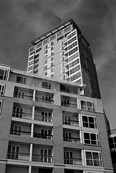 Block Of Flats Canary Wharf London Royalty Free Stock Images - Image: 1510589