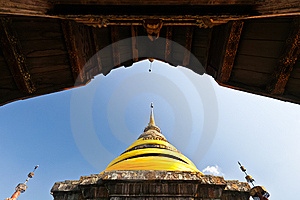 Northern Thai Pagoda That Contain Buddha's Relics Stock Images - Image: 15102904