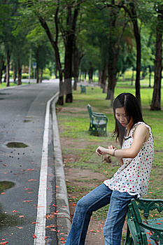 Young Woman Watting Someone In The Park Royalty Free Stock Photo - Image: 15103475