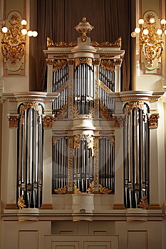 Classical Pipe Organ Royalty Free Stock Photo - Image: 15160905