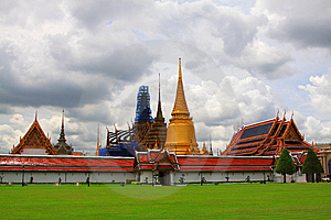 Emerald Buddha Temple Royalty Free Stock Photos - Image: 15219178