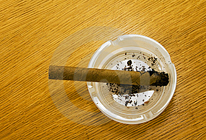 Cigar In An Ashtray Stock Images - Image: 15220554