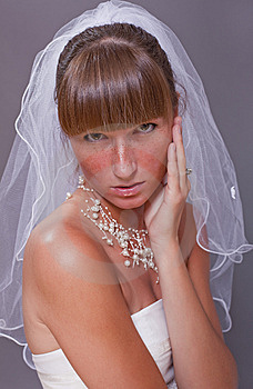 Worried Bride Royalty Free Stock Images - Image: 15224519